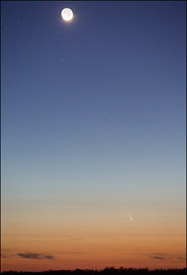 Comet Pan-STARRS from central Wisconsin with moon